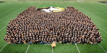 Group photo of the incoming class of 2017