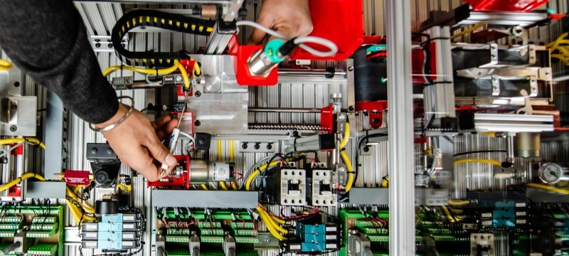 Electronics in the Robotics Lab