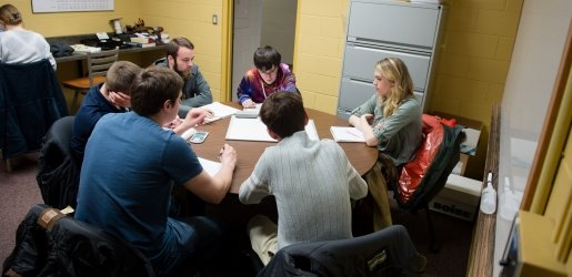 Students meet in the Chemistry Learning Center for a Team Learning Group.