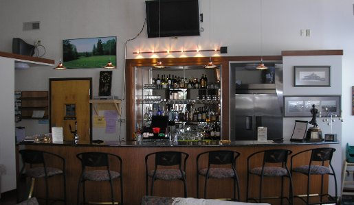 Bar area of the Par and Grill.