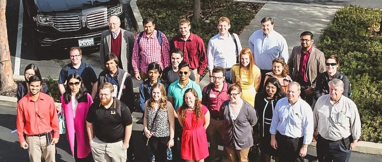 Group photo of the 20 students and additional faculty that made the trip to Silicon Valley.