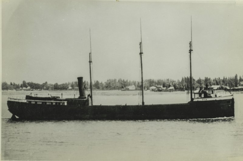 Historical black and white photo of the Ohio.