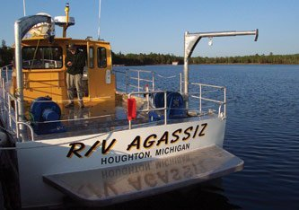 Research aboard the R/V Agassiz extends from K-12 to post-doctoral studies. The Agassiz will be docked at the new GLRC.