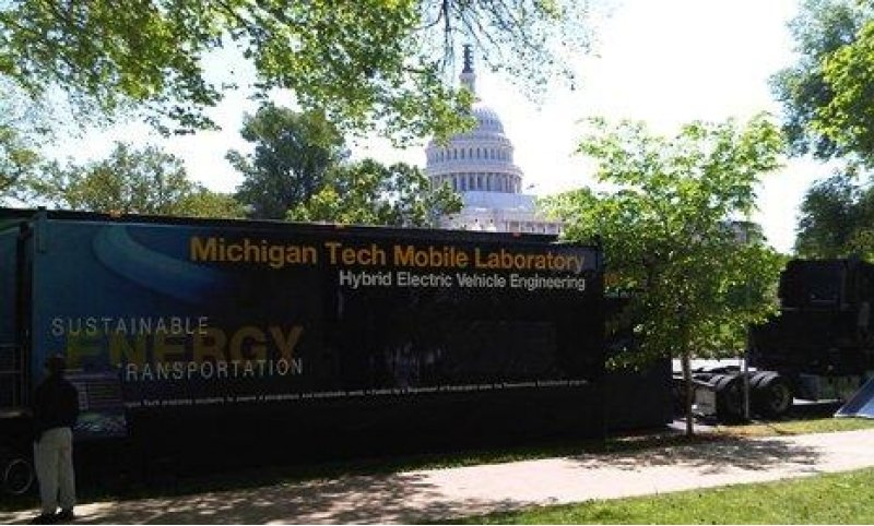 The Moblie Lab parked with the Capital building in the background.