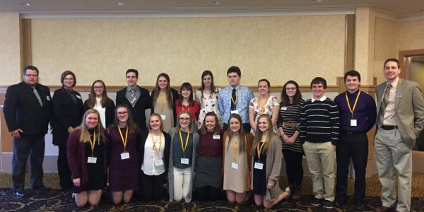 2017 Portage Health Foundation (PHF) Making a Difference Scholarship finalists meet       PHF representatives, faculty, staff and the 2016 award recipients who will serve as       their mentors.