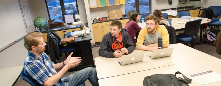 Joshua Ellis works with soon-to-be STEM teachers in the learning sciences program at Michigan Tech.