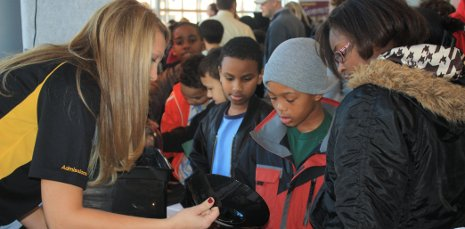 Michigan Tech Youth Programs takes science road show to Grand Rapids