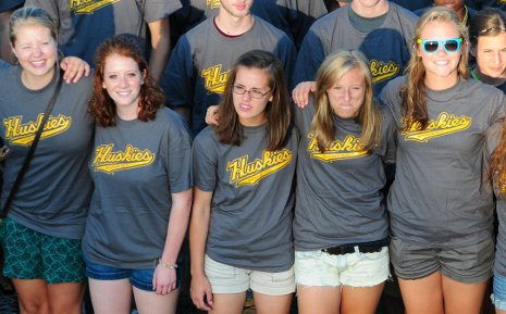 Michigan Tech's Class of 2014 gathers for a photo during Orientation Week
