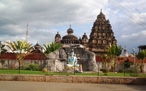 The Siddheswar Temple in Baramati, India. The city is home to Vidya Pratishthan, a private university that is partnering with Michigan Tech to create a 2-plus-2 doctoral program for faculty. AbhijeetHS photo
