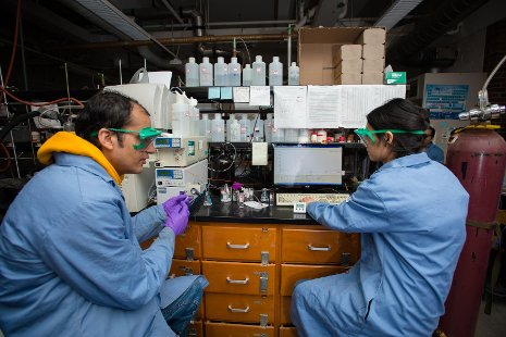 Members of Shiyue Fang's research team in his lab at Michigan Tech, where they developed a better process to purify peptides and other biomolecules.