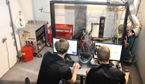 Advanced Motorsports Enterprise students tune an engine in the new DENSO Undergraduate Dynamometer Facility.