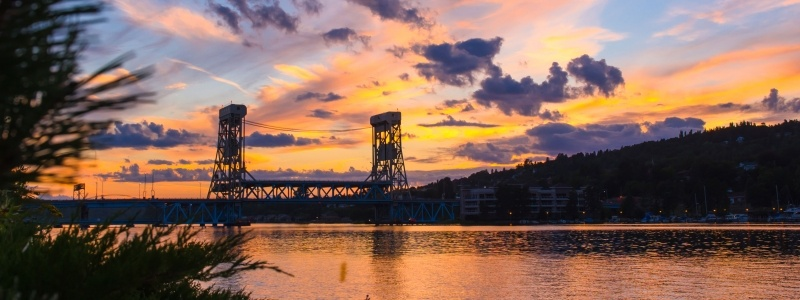 Portage Lake Lift Bridge at dawn