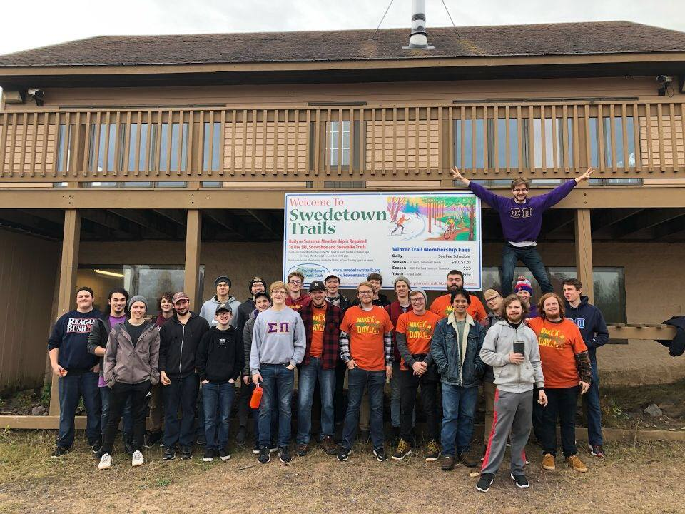 Sigma Pi attending Make a Difference Day 2019