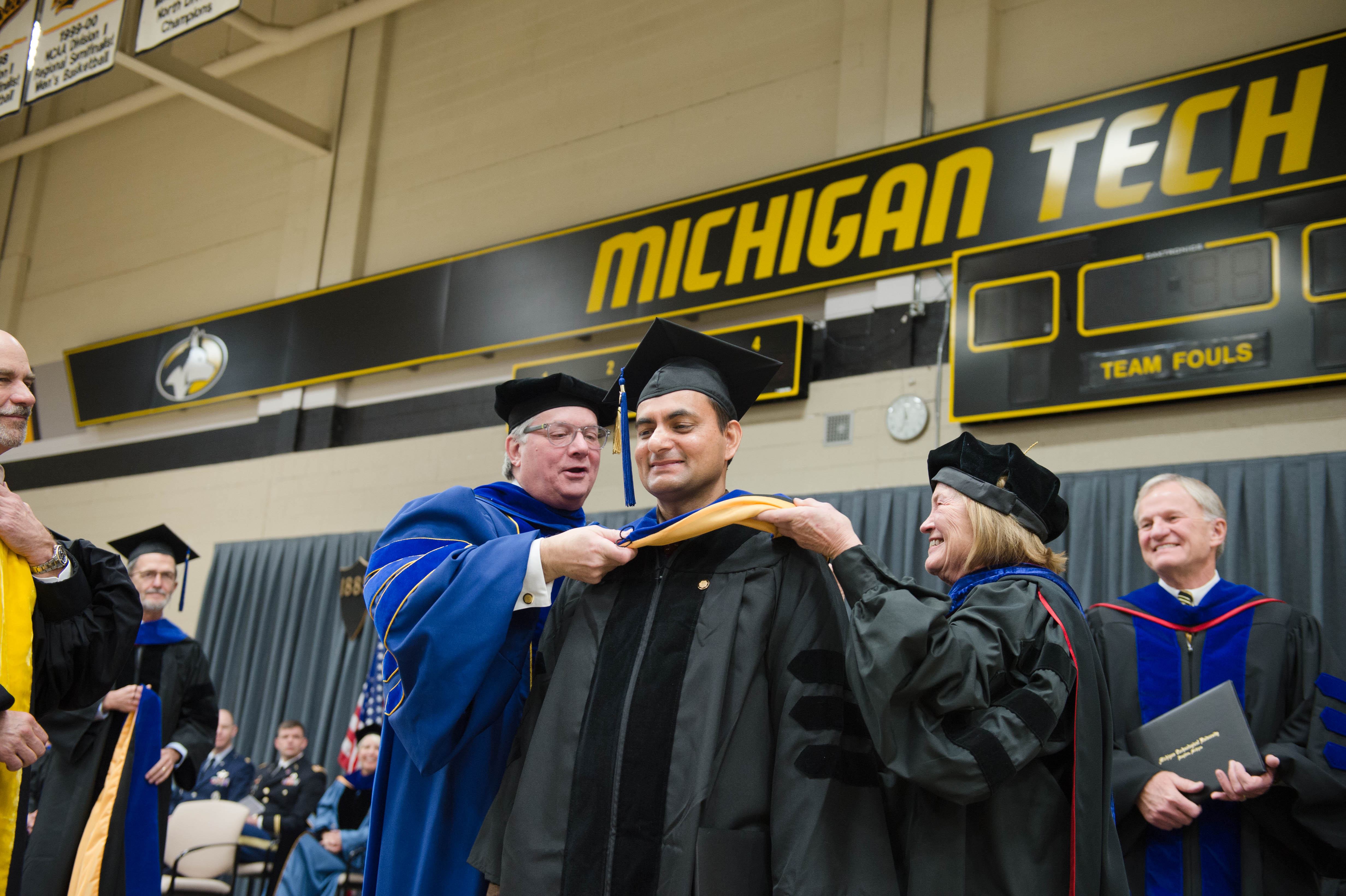 Mid–year Commencement 12172016067