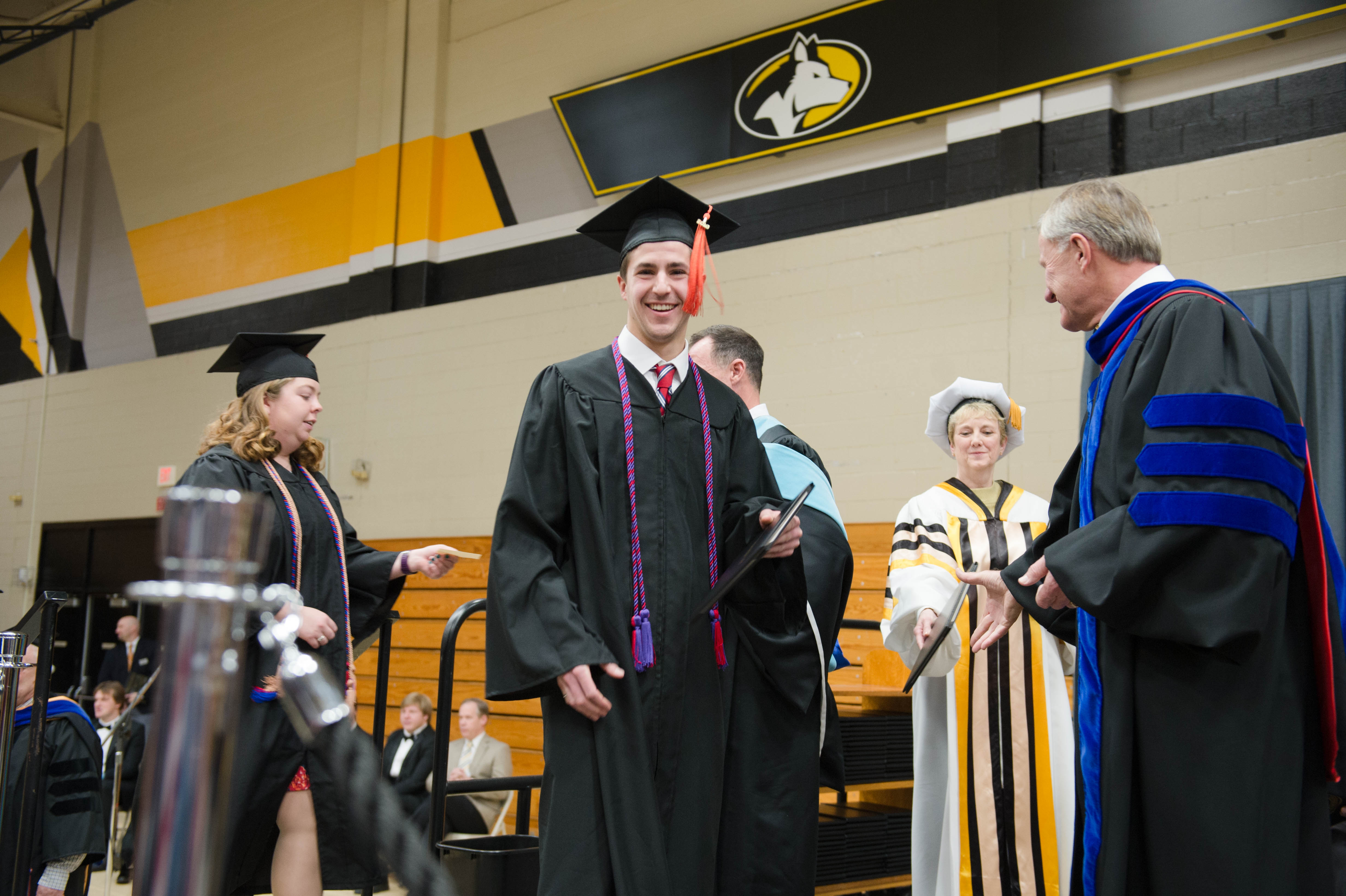 Mid–year Commencement 12172016096