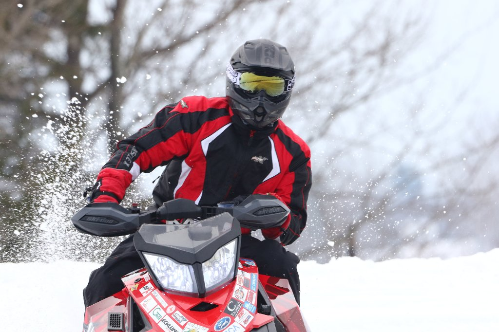 Clean Snowmobile Challenge EnduranceR un